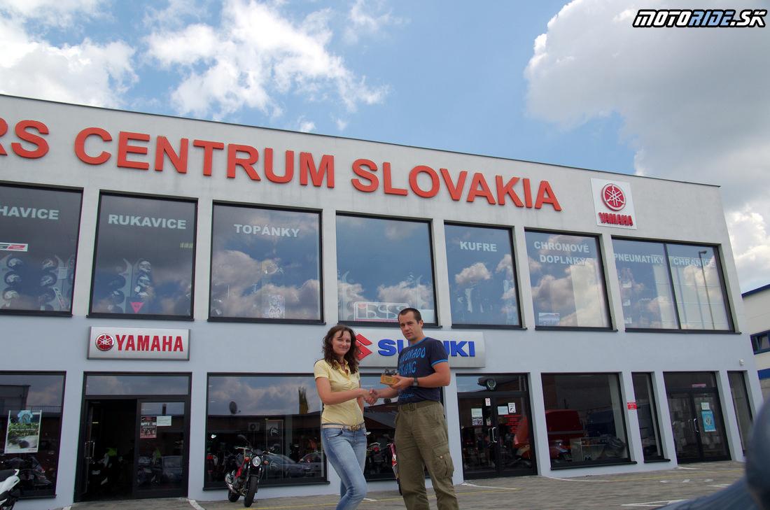Odovzdanie trofeje Motoshop roka 2013 - Bikers Centrum