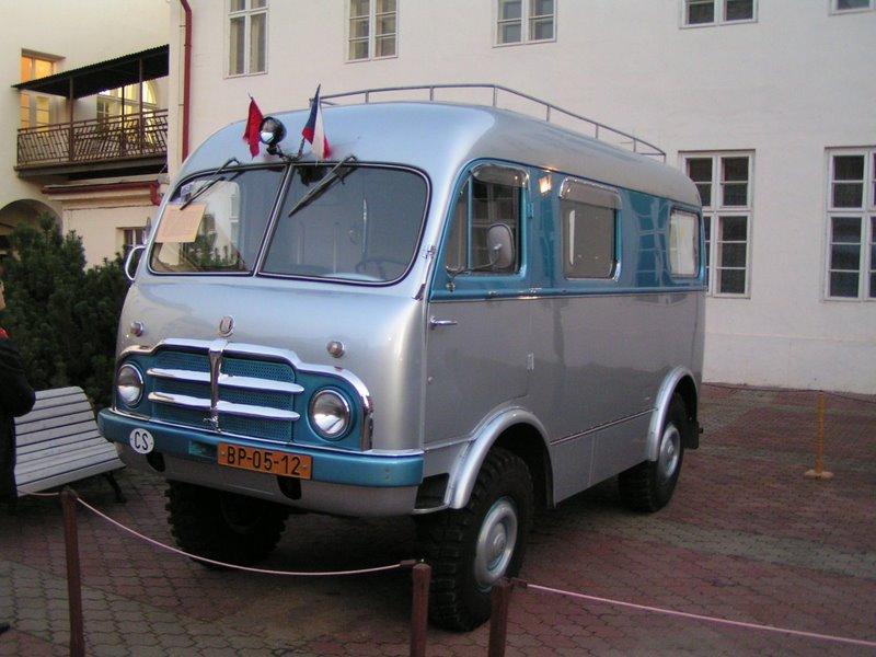 Tatra 805 - vozidlo ktoré absolvovalo cestu Jiřího Hanzelku a Miroslava Zikmunda