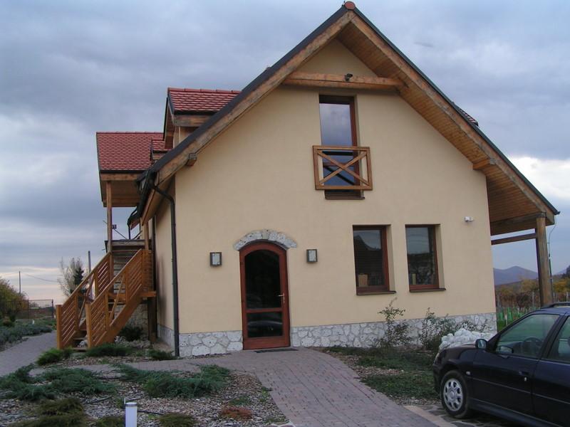 Pivnice Tokaj, Predajňa Ostrožovič Veľká Tŕňa, Slovensko