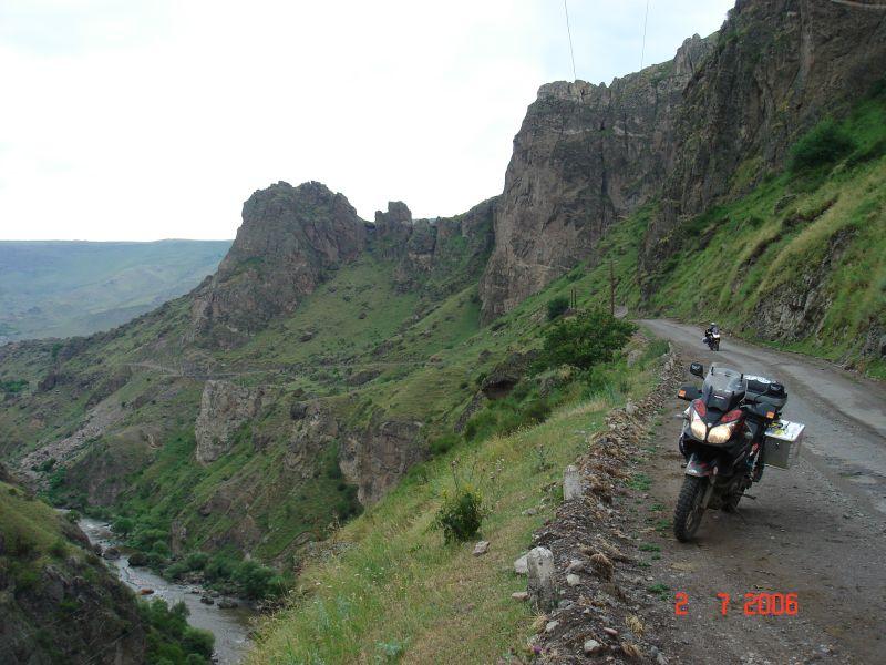 Cesta kaòonom  (Gruzínsko)