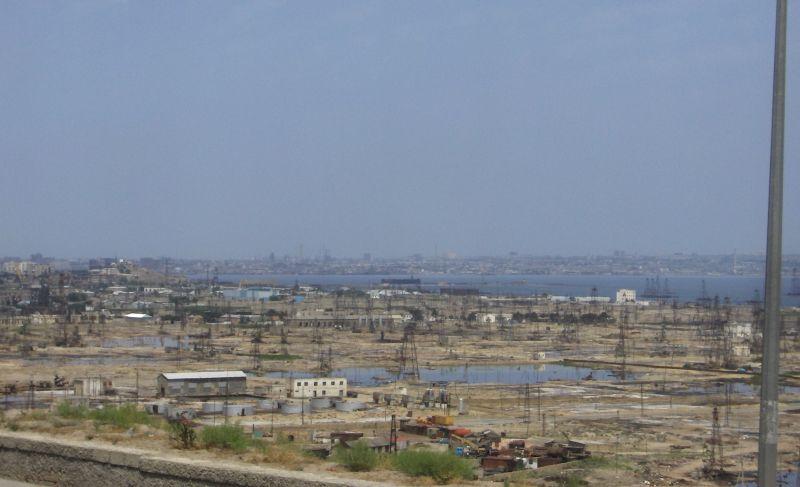 Lesy ropných veží  (Azerbajdžan)