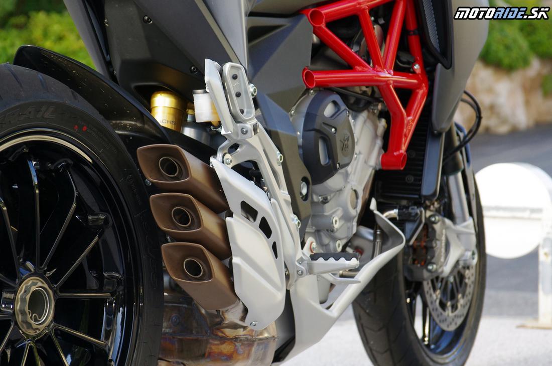 MV Agusta Turismo Veloce 800 2015