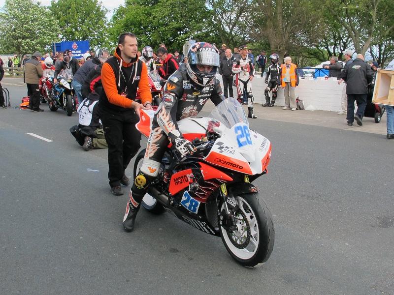 """Český tím MIRT na Tourist Trophy - Isle of Man 2015 - Michal """"INDI"""" Dokoupil - na Yamaha YZF-R6"""