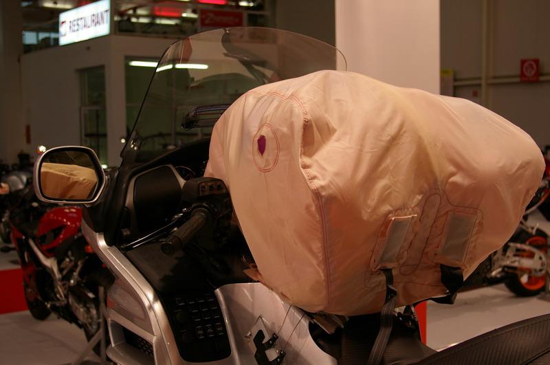 Výstava Motocykel 2007 - Honda Golwding Airbag
