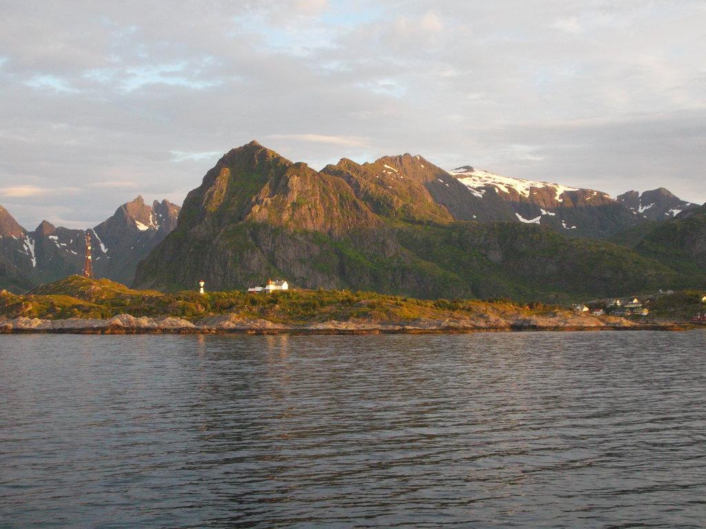 Príjazd trajektom na Lofoty