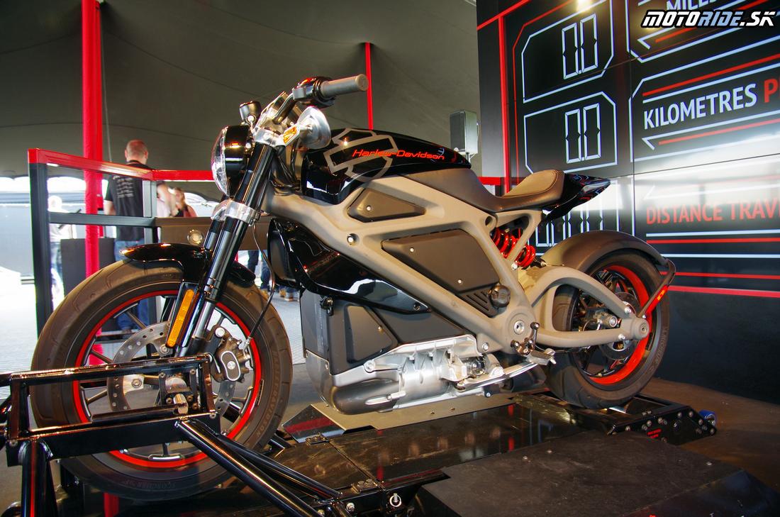 Vyskúšali sme prototyp elektro Harley-Davidson – Project Livewire