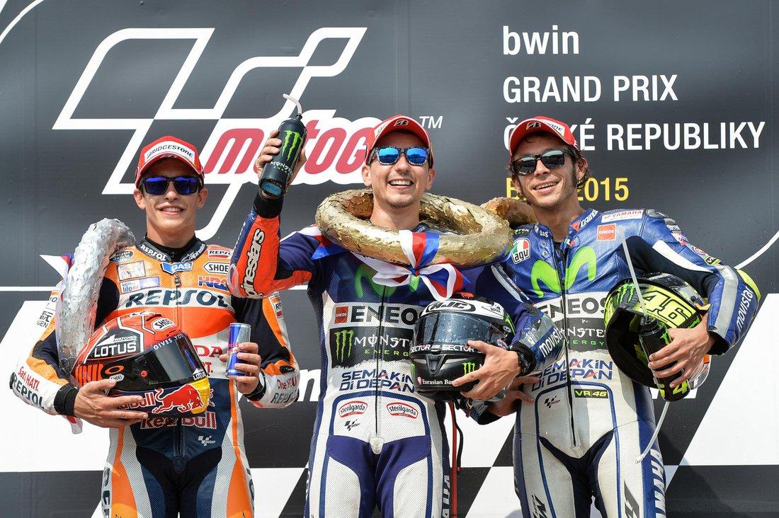 MotoGP 2015 - VC Českej republiky – pódium 1. Lorenzo,2. Marquez, 3. Rosi