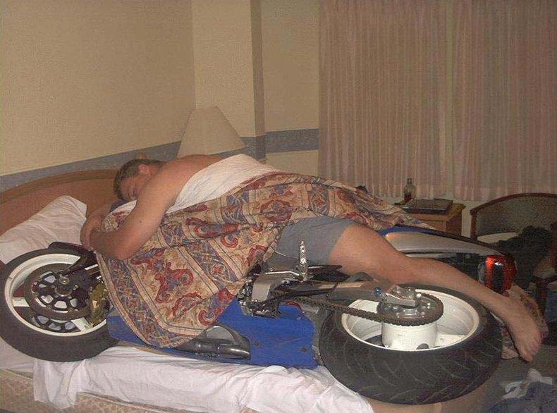 Tuhý zimný spánok...<br> Aj takto môžete zazimovať svoju motorku.
