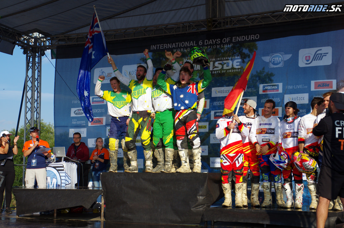 Austrália sa postaivila na prvé miesto - považovali sa za víťazov - Šesťdňová 2015 - 6. deň - Záverečný motokros - Kechnec