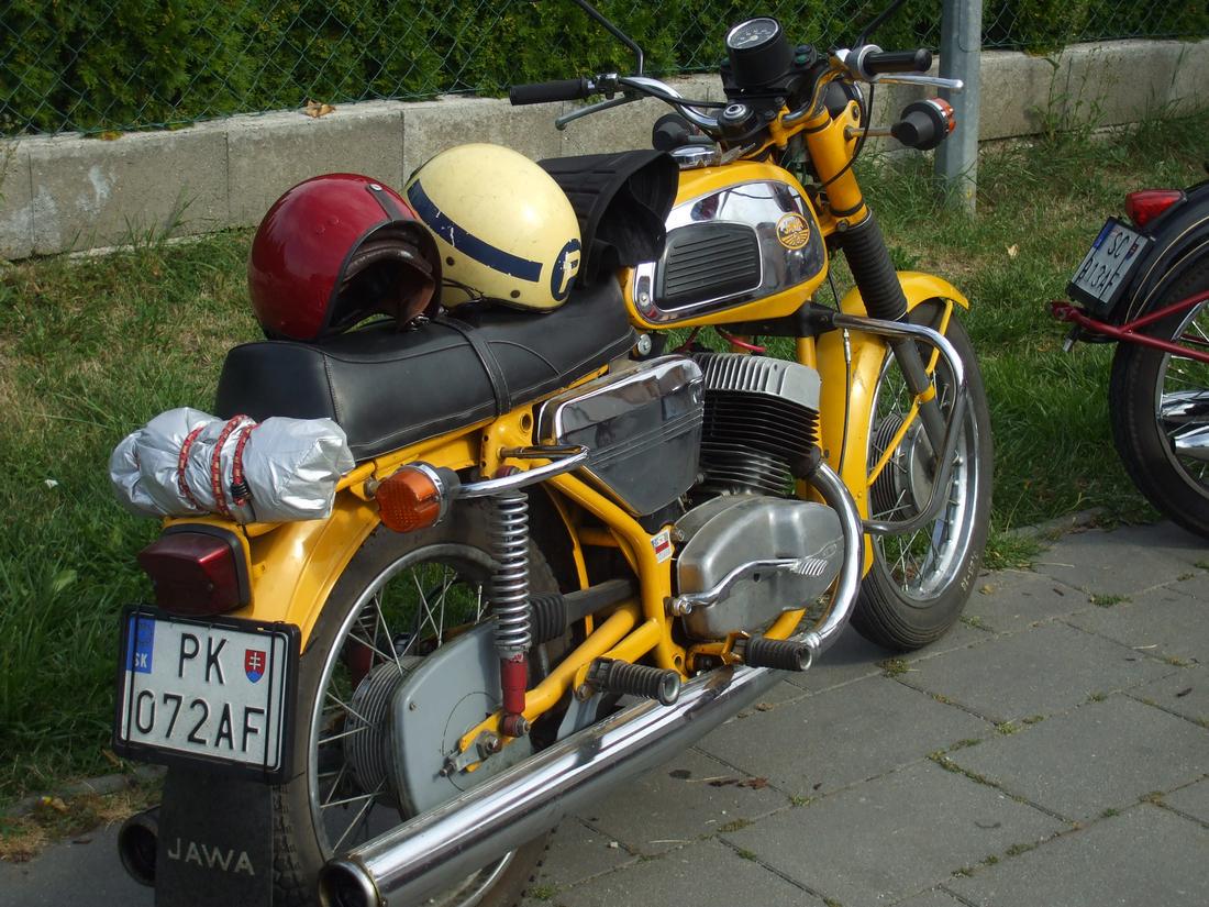 skoro motocykel VB