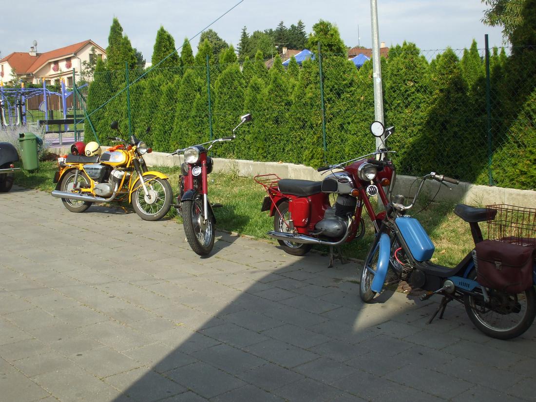 motocyklové zátišie