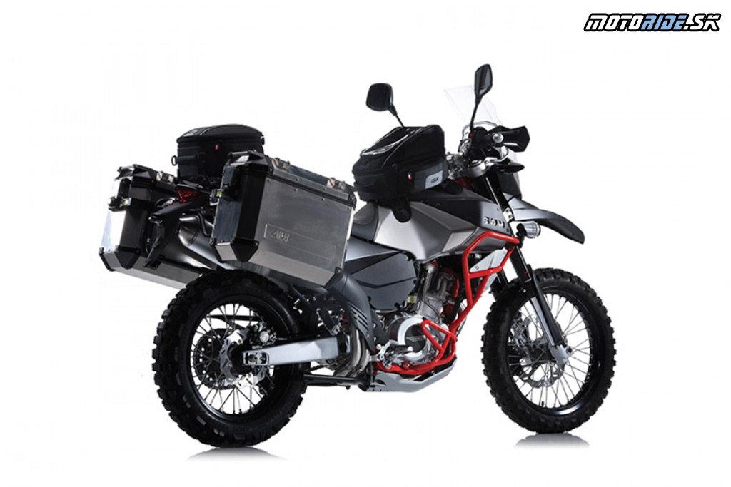 SWM Superdual 650 2016