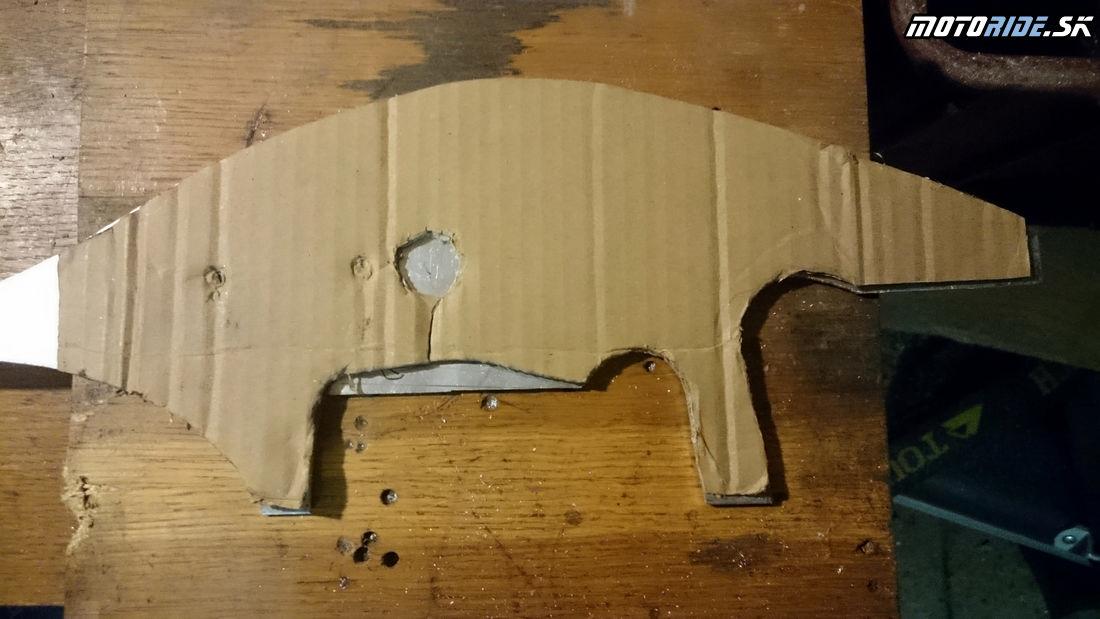 Z kartónu prekresliť na hliník a rezať