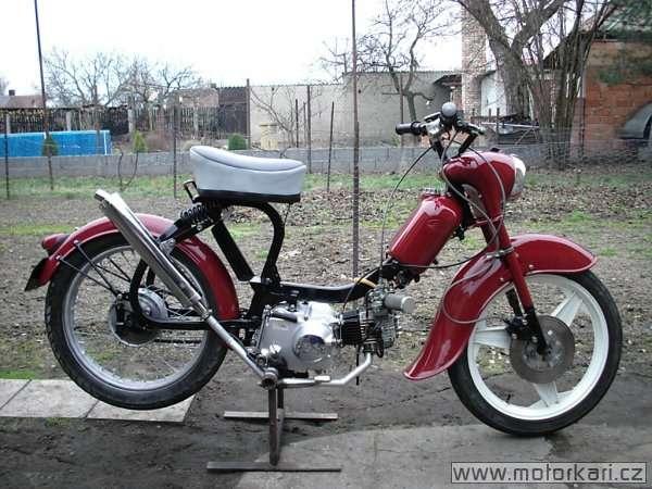 naked moto 550+555+new Pionýr