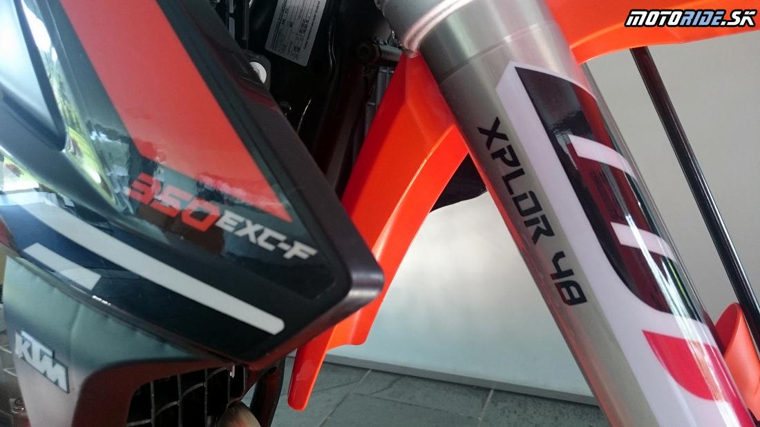 Vidlica  WP XPlor 48 - Predstavenie KTM enduro modelov 2017, Les Comes, Španielsko