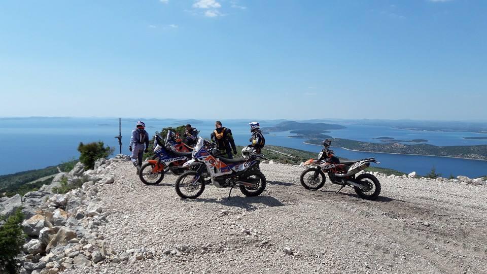 Croatia rally 2016 - mašiny pripravené, prológ za nami!