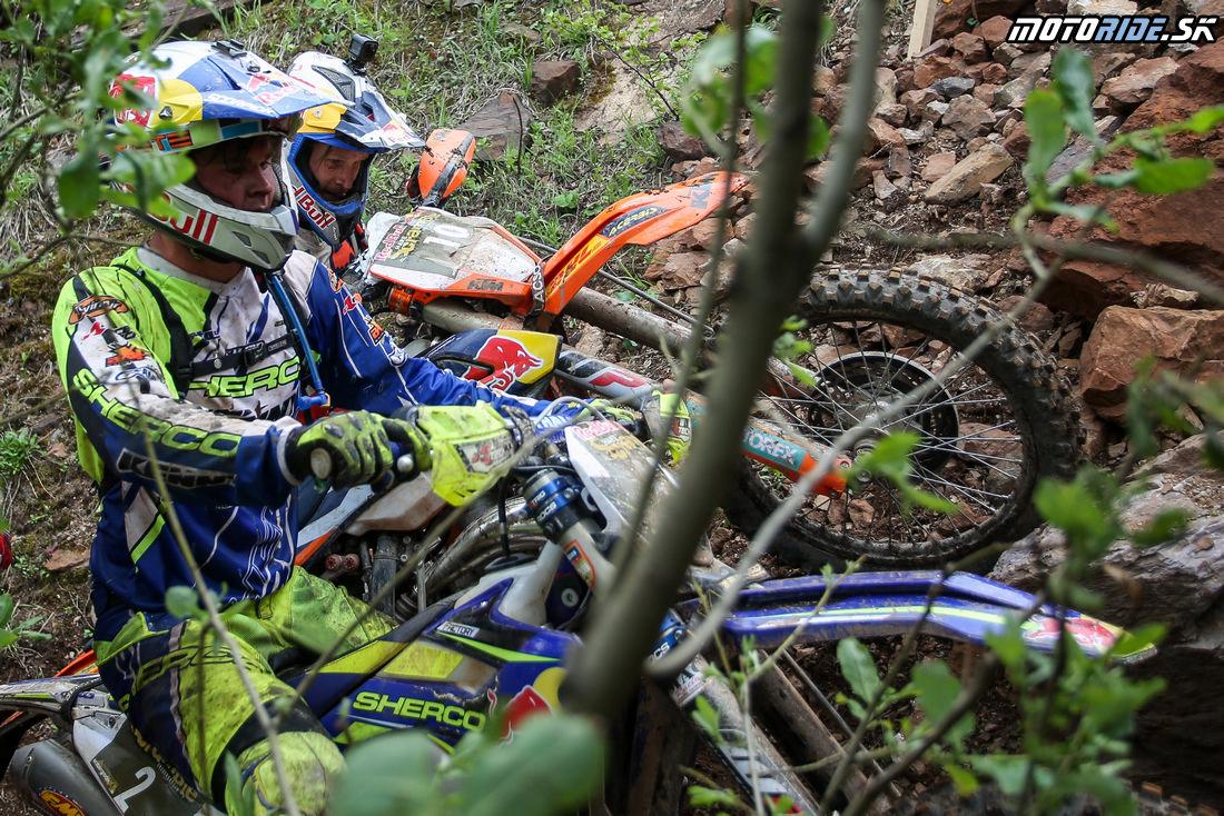 Wade Young (Sherco) a Taddy Blazusiak (KTM) - Erzbergrodeo 2016 - Red Bull Hare Scramble