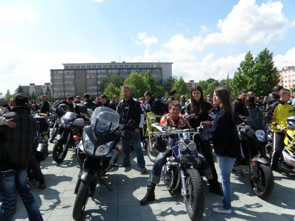 Zraz Haličská motorkáreň, výjazd do Lučenca na námestie.