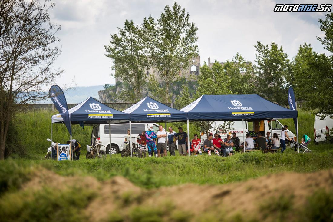 Vyskúšali sme motokrosové novinky - Husqvarna 2017 v Beckove
