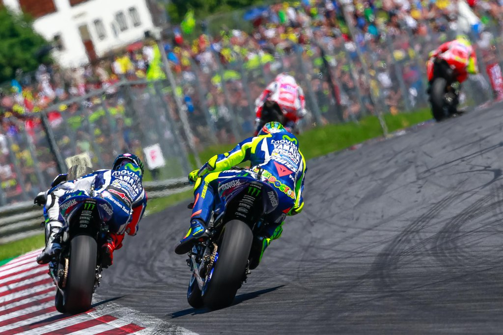 Valentino Rossi, Jorge Lorenzo - MotoGP 2016 - VC Rakúska