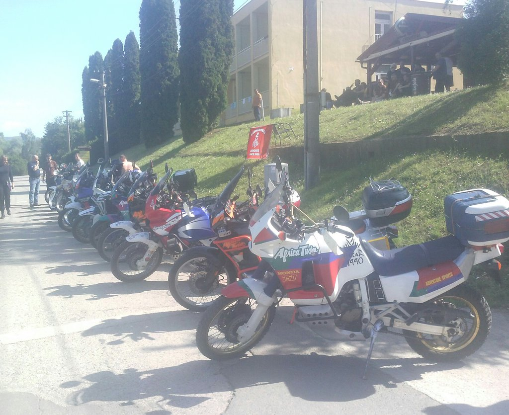 Zraz Enduroriders 2016 Africa Twin