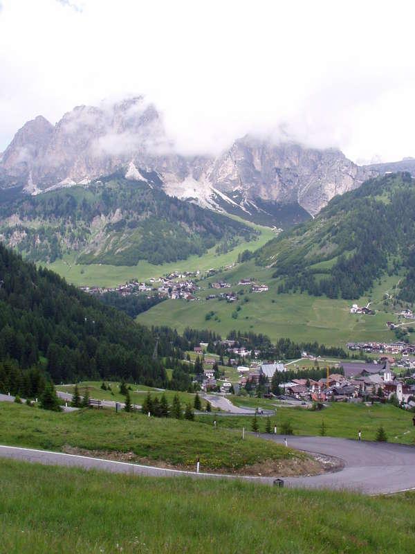 Výhľady z cesty č. 48 okolie Cortiny d´ Ampezzo