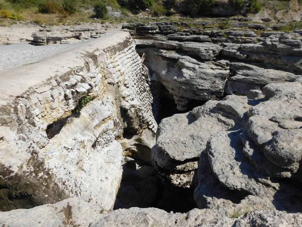 Vodopády Niagara rieky Cijevna, Čierna hora - Bod záujmu