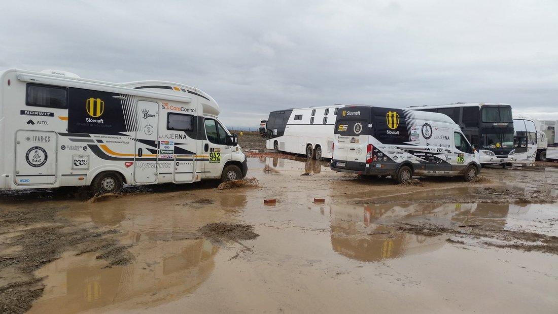 Dakar 2017 - Rozmočený bivak Oruro