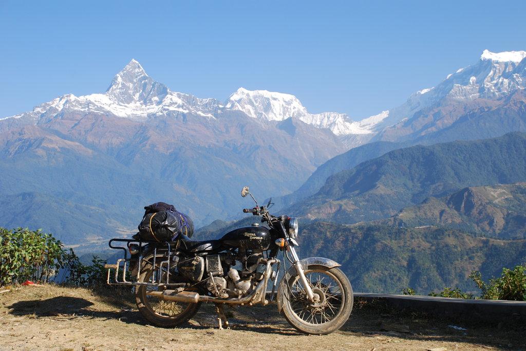 Nepál na Enfieldech