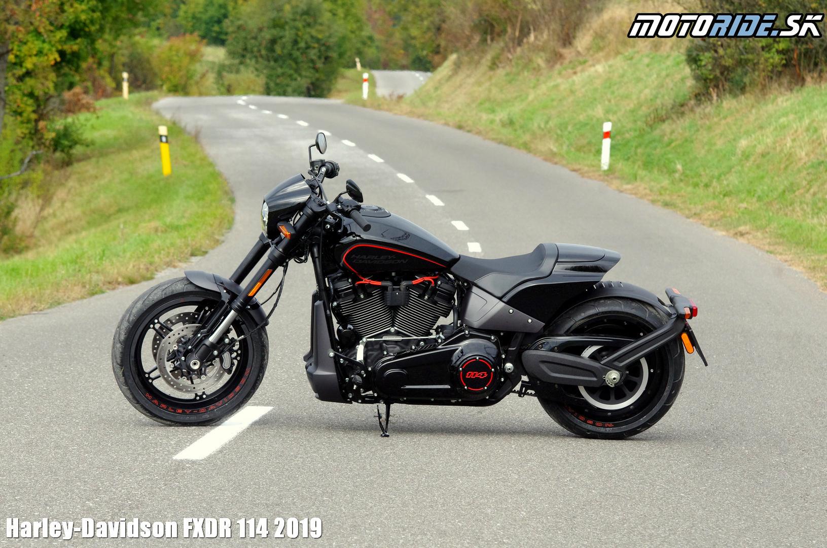 cd494b140d5a Video-Foto Galéria - Ducati - 50% z ava na oble enie modelov 2008!   motoride.sk