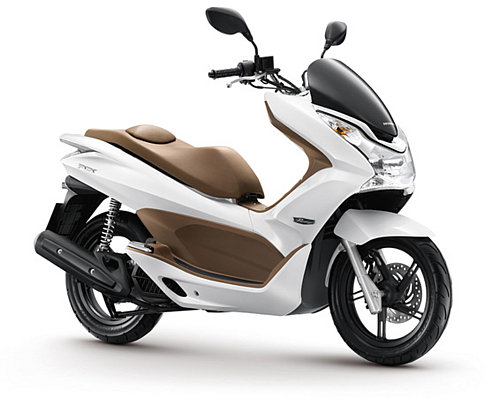 Pcx bude naviac prvým 125 cm3 motocyklom na svete, ktorý bude