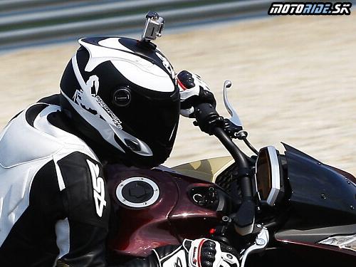 59eeabee0d7 S dofukovacím škorpiónom na hlave alebo aké sú nové prilby Scorpion EXO    motoride.sk